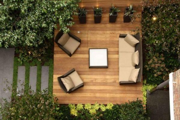 Terrasse avec un revêtement bois