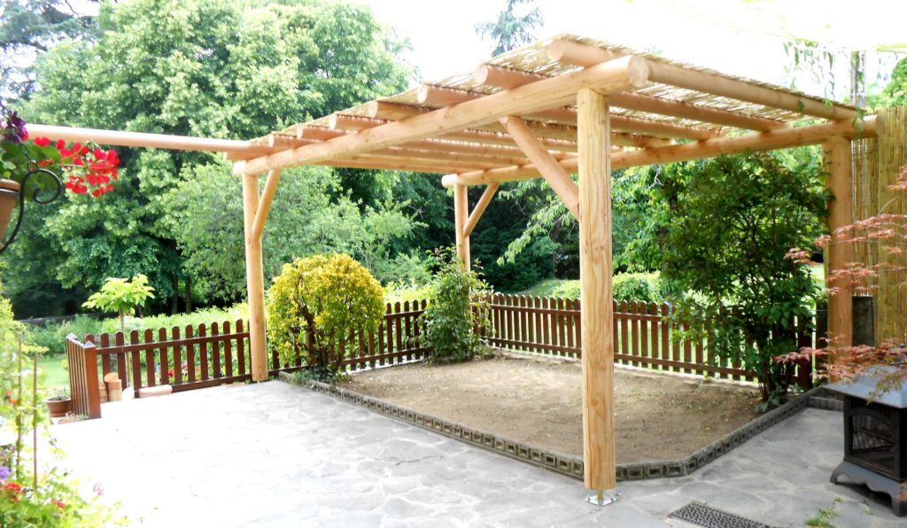 monter une pergola cheap monter une pergola with monter. Black Bedroom Furniture Sets. Home Design Ideas